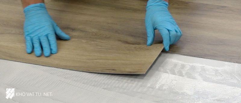 Sàn nhựa giả gỗ dùng có tốt không?