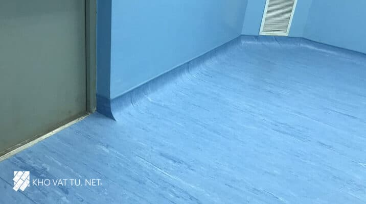 Thi công sàn vinyl kháng khuẩn bệnh viện quân y 7B Polyfloor mã 3740